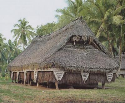 Iatmul-house400