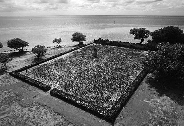 Raiatea-taputapuatea-pierre-lesage-2012